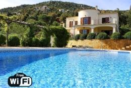 Villa Bouganvilla,Прекраснкая, романтическая вилла  с частным бассейном  на 8 человек в Calonge, Catalonia, в Испании...