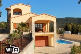 Villa Catalana,Прекраснкая, романтическая вилла   с частным бассейном на 8 человек в Calonge, Catalunya, в Испании...