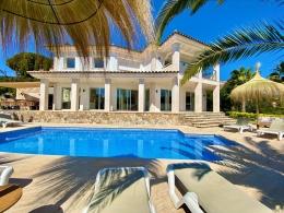 Villa De Oro,Современнкая, элитная вилла   с частным бассейном на 10 человек в Calonge, Catalonia, в Испании...