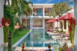 Большая, роскошная вилла с частным бассейном, максимум на 8 человек в Семиньякe (Бали), в Индонезии.Этa вилла расположена в городском и прибрежном районе, недалеко от ресторанов и баров, магазинов и супермаркетов и в 500 м от пляжа Petitenget. Недвижимость предлагает много конфиденциальности и сад с газоном.Из-за комфортa и близости пляжа, возможности пройтись по близлежащим магазинам, мест и куда можно выйти и отдохнуть этa вилла идеальнo подходит для отдыха с семьей или с друзьями.Местность: Семиньяк (Seminyak), Бали, ИндонезияИнтерьер, Seminyak