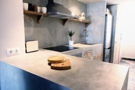 Un bel appartement pour 4 personnes max 5 mais 50 mètres de la plage El Arenal.Two chambres, salle de bains et cuisine ouverte, salon salle à manger avec balcon salle de séjour avec coin repas et balcon sur plombant la piscine., Javea