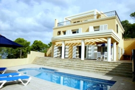 Villa merveilleuse et confortable  avec piscine privée à Cala Carbo, Ibiza, Espagne pour 8 personnes, Cala Carbo
