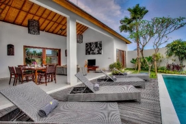 Wonderful and cheerful villa in Canggu, Bali, Indonesia  with private pool for 8 persons, Canggu
