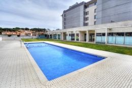 Gavina, Apartment  with communal pool in Calonge, Catalonia, Spain for 6 persons...