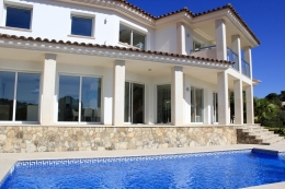 Villa De Oro, Modern and luxury villa...