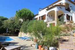 Villa Palmera, Rustic and comfortable villa  with private pool in Calonge, Catalunya, Spain for 8 persons...