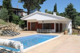 Villa Hermana, Villa in Castell-Platja d'Aro, Catalunya, Spain  with private pool for 6 persons...