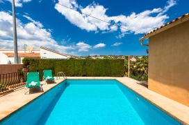 This is a beautiful 6 person summer house for rent near the sea and private pool in Benissa, Costa Blanca, Spain. This fantastic house is located in a quiet urbanized area surrounded by nature. You will be able to bask in the tranquillity and beautif, Benissa
