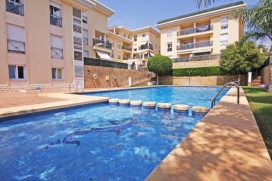 Modern and comfortable apartment in Calpe, on the Costa Blanca, Spain for 6 persons. The apartment is situated close to restaurants and bars, shops and supermarkets, at 500 m from Arenal Bol beach and at 0,2 km from Arenal Bol. The apartment has 3 bedrooms and 2 bathrooms. The accommodation offers privacy and a communal garden with gravel and trees. The vicinity of the beach, places to shop, sports activities, entertainment facilities and places to go out makes this a fine apartment to celebrate your holidays with family or friends and even your pets. The apartment has internet access in pool areaInterior of the apartment, Calpe