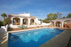 Wonderful and luxury villa  with private pool in Javea, on the Costa Blanca, Spain for 12 persons.  The villa is situated  in a  residential area.The villa has 6 bedrooms and 4 bathrooms, spread over 2 levels.  The accommodation offers a lot of priva, Javea