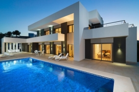 Holiday Villa with private pool newly built for a capacity of 8 people in Moraira - Costa blanca. , Its modern style and decor makes it particularly welcoming and practical by its spacious rooms and kitchen, all on the first floor at the same level w, Moraira