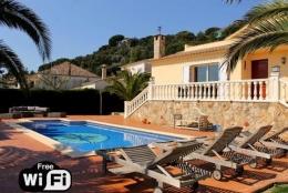 Villa Teka,Wunderschöne und komfortable Villa in Platja d'aro, Catalonia, Spanien  mit privatem Pool für 8 Personen...