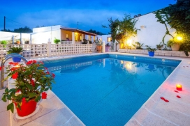Villa in San Rafael, auf Ibiza, Spanien  mit privatem Pool für 12 Personen, San Rafael